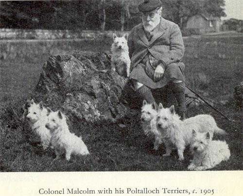 Эдвард Дональд Малькольм с питомцами